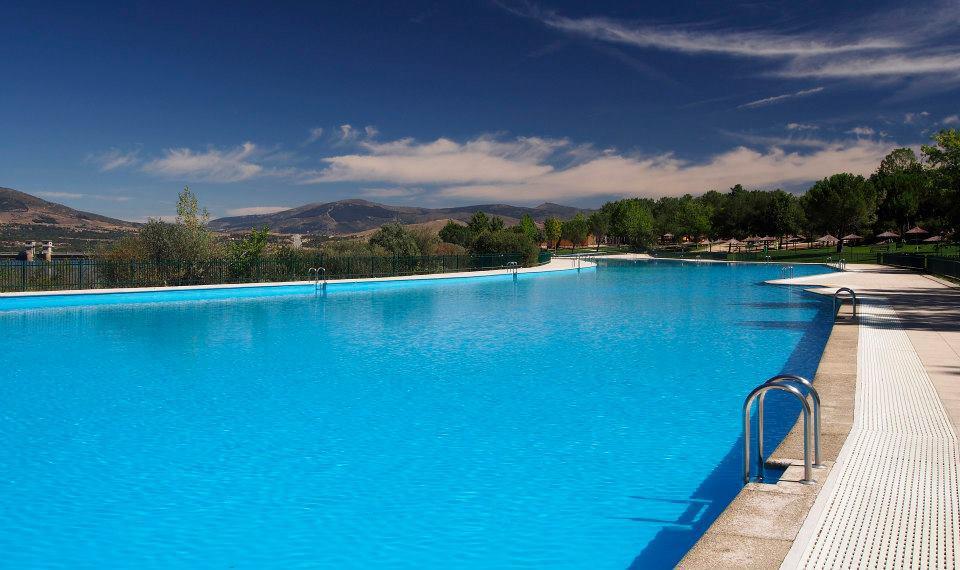 Piscinas Naturales En Madrid De Ensueño Travelodge Hoteles España