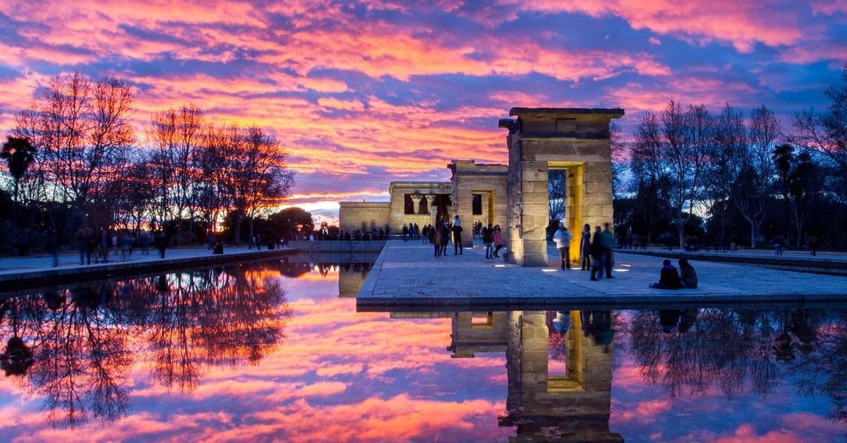 Templo de Debod - Los 5 atardeceres más bonitos de la ciudad de Madrid.